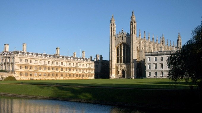Cambridge University warns of 'Brexodus' without improved offer to EU citizens